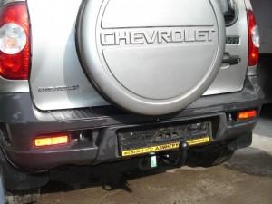 Фаркоп на Chevrolet Niva 2123 (ТСУ разборное, для ГБО) (1999 - ) (Лидер-Плюс VAZ-18A)