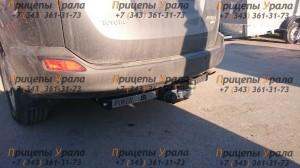 Фаркоп на Toyota Rav 4 с нерж.пластиной (2012-) (Лидер-Плюс T116-F(N)